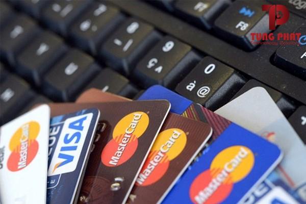Thẻ Visa/Mastercard chạy quảng cáo Facebook